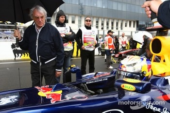 Bernie Ecclestone with Sebastian Vettel, Red Bull Racing