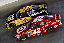 Jeff Burton, Richard Childress Racing Chevrolet and Juan Pablo Montoya, Earnhardt Ganassi Racing Chevrolet