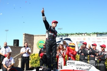 Victory lane: race winner Will Power, Team Penske celebrates