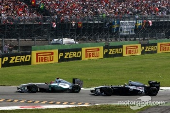 Michael Schumacher, Mercedes GP F1 Team, Pastor Maldonado, AT&T Williams