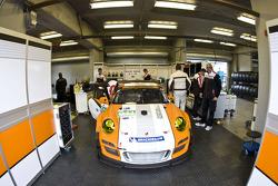 #911 Porsche Motorpsorts North America Porsche GT3R Hybrid: Romain Dumas, Richard Lietz