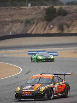 #30 NGT Motorsports Porsche 911 GT3 Cup: Martin Ragginger, Carlos Kauffman, Henrique Cisneros