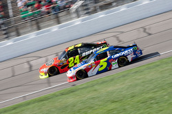 Jeff Gordon, Hendrick Motorsports Chevrolet and Mark Martin, Hendrick Motorsports Chevrolet