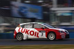 Gabriele Tarquini, SEAT Leon 2.0 TDI, Lukoil