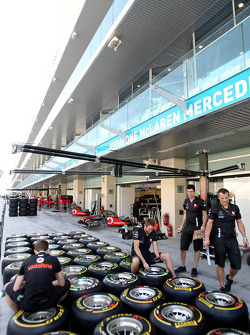 McLaren Mercedes, Pirelli tyres