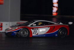 Unitedautosports McLaren In the Live Action Arena