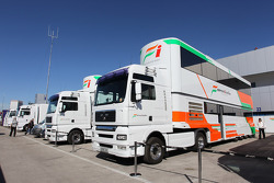 Force India trucks