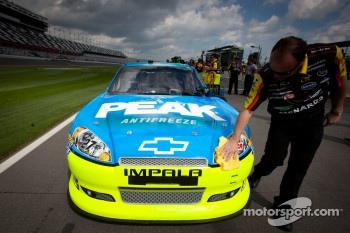 Frist car to qualifying: Richard Childress Racing Chevrolet of Paul Menard