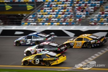Kasey Kahne, Hendrick Motorsports Chevrolet, Ryan Newman, Stewart-Haas Racing Chevrolet, Kurt Busch, Phoenix Racing Chevrolet, Marcos Ambrose, Richard Petty Motorsport Ford