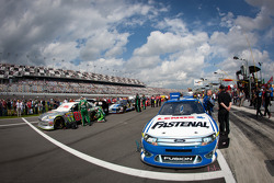 Pole winning car of Carl Edwards, Roush Fenway Racing Ford