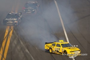 Sam Hornish Jr., Penske Racing Dodge crashes