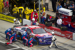 Pit stop for Jason Bowles, MacDonald Motorsports Dodge