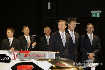 Allan McNish, Tom Kristensen, Rinaldo Capello, Marcel Fassler, Andre Lotterer and Benoit Trluyer 