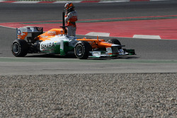 Nico Hulkenberg, Sahara Force India Formula One Team stops on track
