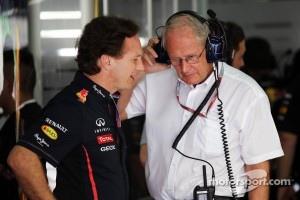 Christian Horner, Red Bull Racing Team Principal talks with Dr Helmut Marko, Red Bull Motorsport Consultant