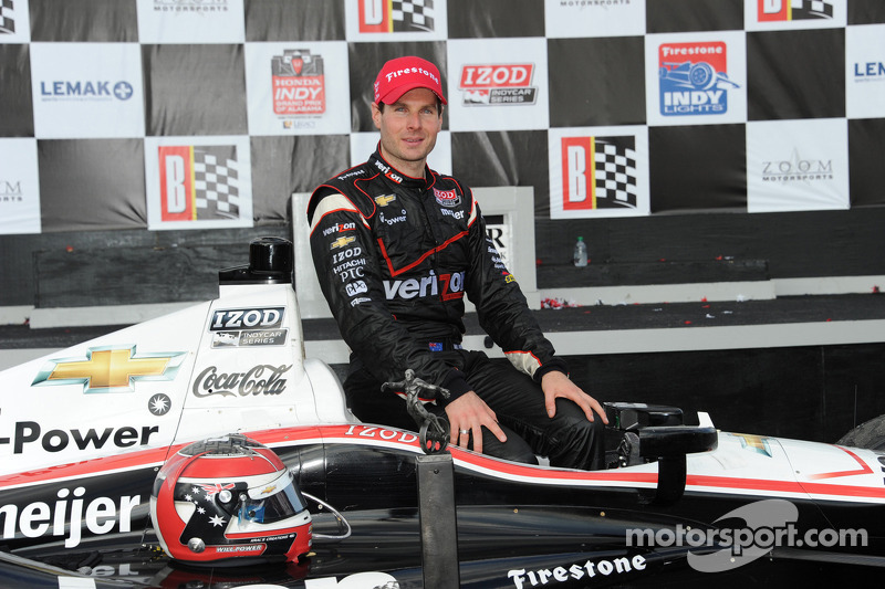 Race winner Will Power, Verizon Team Penske Chevrolet