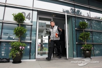 Ross Brawn, Mercedes AMG F1 Team Principal leaves a meeting of the teams concerning the upcoming Bahrain GP