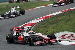 Lewis Hamilton, McLaren leads Kamui Kobayashi, Sauber