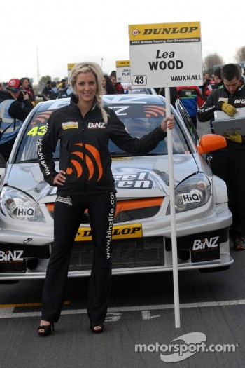 BINZ Racing Grid Girl