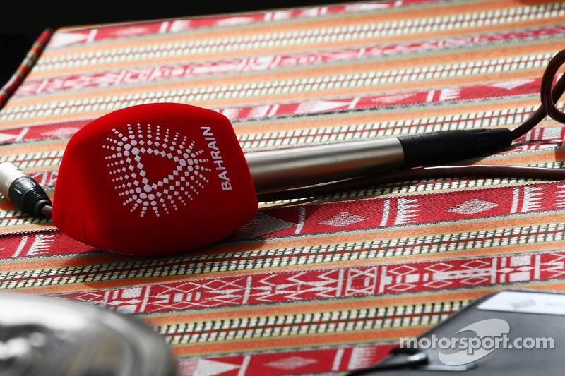 Bahrain microphone