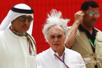 Zayed Rashed Al Zayani, Chairman of Bharain International Circuit with Bernie Ecclestone, CEO Formula One Group