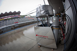 Hitotsuyama Racing refueling rig