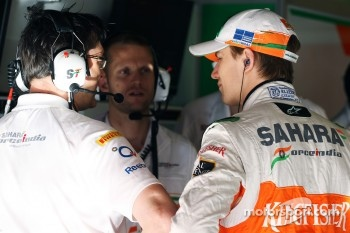Nico Hulkenberg, Sahara Force India F1 with Bradley Joyce, Sahara Force India F1 Race Engineer,