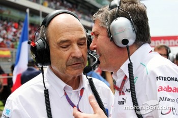 Peter Sauber, Sauber Team Principal with Nick Fry, Mercedes AMG F1 Chief Executive Officer