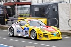#28 Porsche 997 GT3 R: Klaus Abbelen, Sabine Schmitz, Christopher Brück, Patrick Huismann