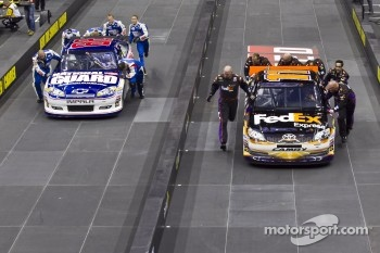 Hendrick Motorsport vs Joe Gibbs Racing