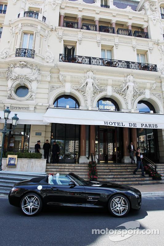 hotel de paris op monaco gp formule 1 foto 39 s. Black Bedroom Furniture Sets. Home Design Ideas