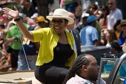 Indy 500 festival parade: Gladys Knight
