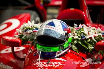 Victory circle: the winning car of Dario Franchitti, Target Chip Ganassi Racing Honda