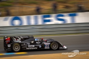 #23 Signatech Nissan Oreca 03 Nissan: Franck Mailleux, Jordan Tresson, Olivier Lombard