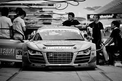 #30 APR Audi R8 LMS Ultra: Yuki Iwasaki, Yuya Sakamoto