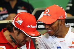 Fernando Alonso, Ferrari with Lewis Hamilton, McLaren in the FIA Press Conference