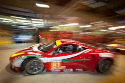 #81 AF Corse Ferrari 458 Italia: Piergiuseppe Perazzini, Matt Griffin, Nicola Cadei