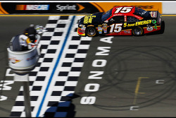Clint Bowyer, Michael Waltrip Racing Toyota takes the win