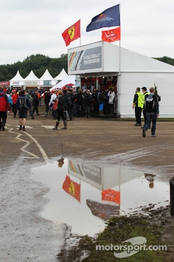 Muddy merchandise area