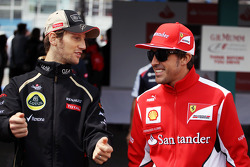 Romain Grosjean, Lotus F1 Team with Fernando Alonso, Ferrari on the drivers parade
