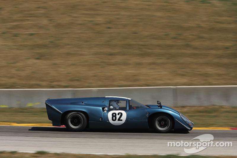 #82 1969 Lola T70 MkIIIB : Hobie Buppert