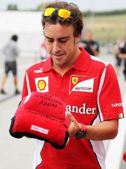 Fernando Alonso, Ferrari with an early birthday present