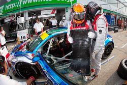 SUPERGT: Pit stop practice for #21 Hitotsuyama Racing Audi R8 LMS: Cyndie Allemann, Akihiro Tsuzuki