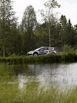 Petter Solberg and Chris Patterson, Ford Fiesta RS WRC, Ford World Rally Team