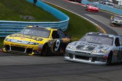 Marcos Ambrose, Richard Petty Motorsports Ford  - Jimmie Johnson, Hendrick Motorsports Chevrolet