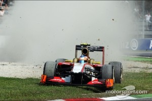 Narain Karthikeyan, HRT Formula One Team HRT runs wide