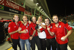 Scuderia Coloni celebrate Luca Filippi's pole