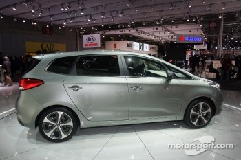 KIA Carens