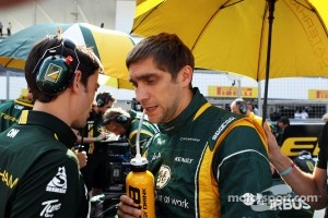 Vitaly Petrov, Caterham on the grid