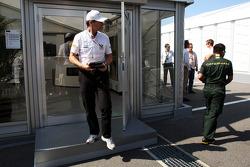 Luis Perez-Sala, HRT Formula One Team, Team Prinicpal leaves a teams' meeting